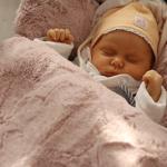 Czapka dla noworodka